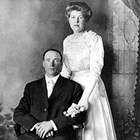 Edward Carlson (1881-1969) and Jenny Vike Carlson (1892-1970).