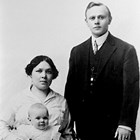 "Johanna Helena Mathot [Matot] Van Zanten (1886-1980) and Jacobus E. ""Jim"" Van Zanten (1888-1979).  The child is not identified."