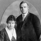 Lucy and Warren Cuddy at the time of their wedding in 1917 in Fort Smith, Arkansas.